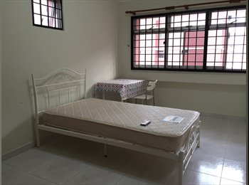 EasyRoommate SG - Common room for rent, Pasir Ris - $700 pcm