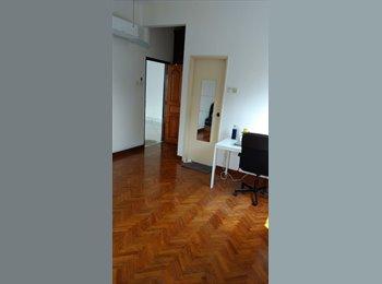 Huge Master room next to Holland MRT - no Agent fee, no...