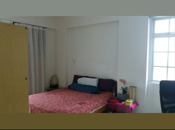 Central  condo master bedroom next to MRT and busstop