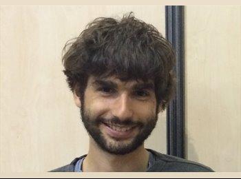 Paul CHARBIT - 23 - Student