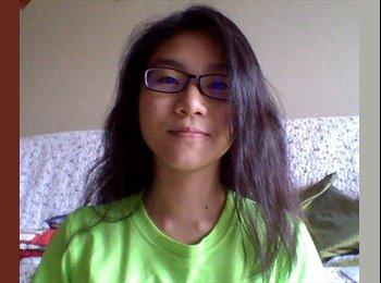 EasyRoommate SG - Chloe - 18 - Singapore