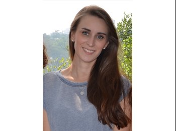 Helene - 24 - Professional
