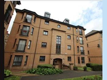 Super Flat Just Off Pollokshaws Road.