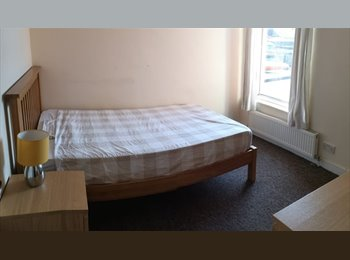 EasyRoommate UK - Double room in Gosport £355pcm all bills included - Gosport, Fareham and Gosport - £355 pcm