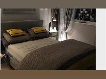 EasyRoommate UK - Large, top quality en-suite room in friendly home - Isleworth, London - £800 pcm