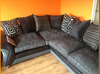 EasyRoommate UK - Single Room available from 8th October, London - £385 pcm