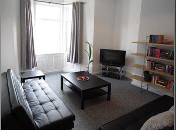 EasyRoommate UK - Roxburgh Place, Heaton, Newcastle - Heaton, Newcastle upon Tyne - £270 pcm