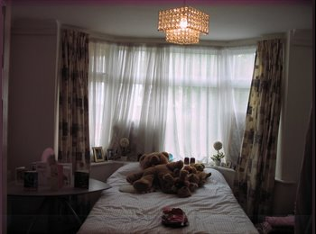 Double room available from 1st of Sep for short let