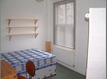 EasyRoommate UK - CENTRAL HG. Friendly House Share. ALL BILLS INC. - Harrogate, Harrogate - £395 pcm