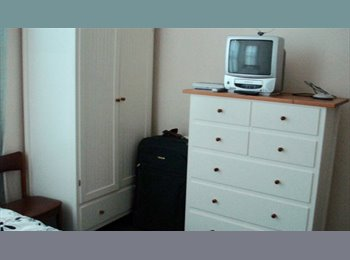 EasyRoommate UK - Ensuite All Inclusive Professional Rooms - Preston, Preston - £340 pcm
