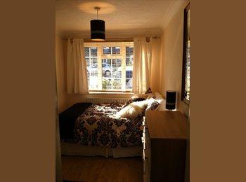 EasyRoommate UK - Luxuary Newly Decoratated Annexe, Maidstone - £499 pcm