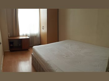 EasyRoommate UK - room to rent in borehamwwod herts wd62sr - Borehamwood, Borehamwood - £440 pcm