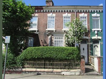 EasyRoommate UK - A place to call home: Double bedroom  in beautiful Victorian house - Tuebrook, Liverpool - £250 pcm
