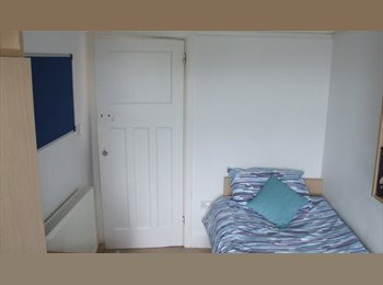 EasyRoommate UK -   Available  31st March-  bright room overlooking garden., Ensbury Park - £390 pcm