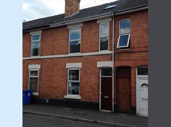 EasyRoommate UK - SHORT TERM LETS - 4 ROOMS AVAILABLE , Darley - £390 pcm