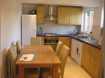 Beautiful room furnished to a high standard and only 10...
