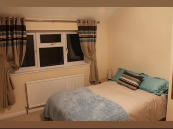 EasyRoommate UK - ELEGANT DOUBLE BEDROOM TO LET IN OXFORD - Botley, Oxford - £480 pcm