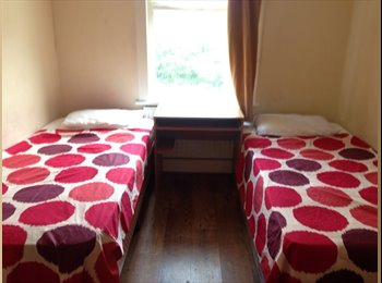 Twin room, perfect for friends - all bills included