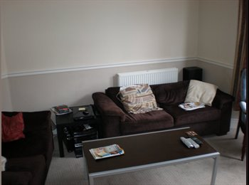 Double room in Terrace House in Lipson, Plymouth.