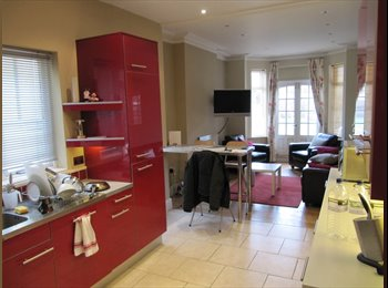 EasyRoommate UK - Superb room in central Rugby - Rugby, Rugby - £500 pcm