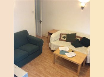 EasyRoommate UK - Double room  furnished inc bills!!!! - Levenshulme, Manchester - £390 pcm