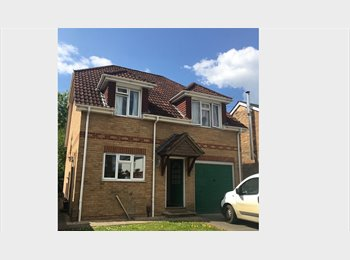 EasyRoommate UK - House Share - Wallisdown, Bournemouth - £500 pcm