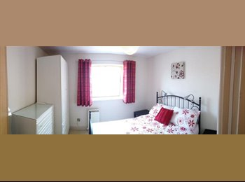 EasyRoommate UK - Double room in Cardiff Bay/ Atlantic Wharf. Bills included., Atlantic Wharf - £500 pcm