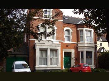 EasyRoommate UK - Double room Mapperley PK 10 mins to city centre, Carrington - £345 pcm