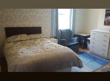 EasyRoommate UK - DOUBLE ROOM TO LET IN ACOCKS GREEN, BIRMINGHAM, Birmingham - £320 pcm