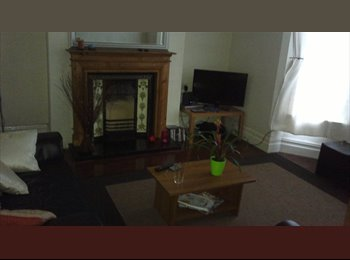Spacious, All inclusive double room in great location, L18