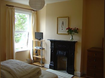 EasyRoommate UK - A LOVELY ROOM IN A FRIENDLY HOUSE - Hither Green, London - £500 pcm