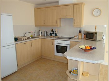 Lovely 1 bed flat for woman in Wootton, near...