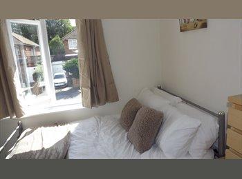 Recently refurbished Room near Cressex
