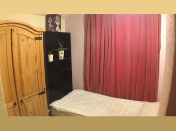 EasyRoommate UK - Lovely room in Abington, Northampton - £345 pcm