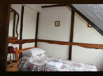 Rooms  at Ashford Warren Cottage Ashford Kent
