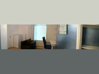 EasyRoommate UK - Modern Double Room Stockton on tees - Hartburn, Stockton-on-Tees - £320 pcm