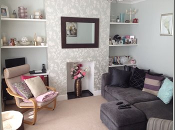 Lovely double room in a semi-detached house