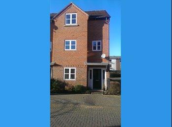EasyRoommate UK - Mon to Fri double in great Abingdon house, Abingdon - £500 pcm