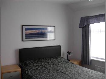 DOUBLE ROOM IN HALA, LA1 -Quiet, good for studying