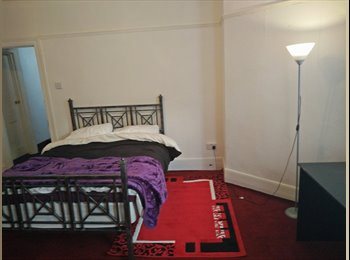 EasyRoommate UK - double room to rent - Folkestone, Folkestone - £350 pcm