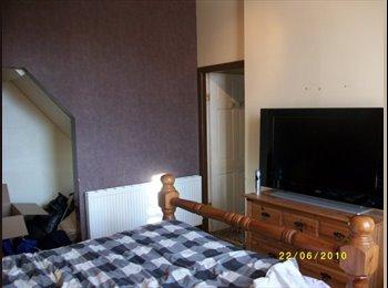 double room to rent in Burnley