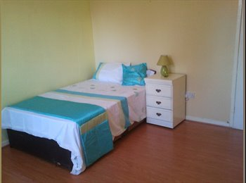 EasyRoommate UK - ROOMS AVAILABLE from 1 April 2017   near man uni £330  to £400 per month, Moss Side - £385 pcm