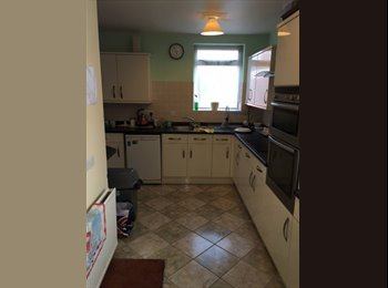 EasyRoommate UK - Double furnished bedroom, Mansfield - £330 pcm
