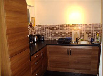 EasyRoommate UK - Looking for a new flatmate!!, Whiteinch - £345 pcm