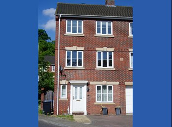 EasyRoommate UK - Double Room- Close City Centre - Ensuite - Weekly Cleaner, Norwich and South Norfolk - £490 pcm