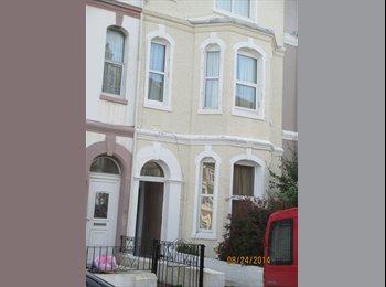 EasyRoommate UK -  FURNISHED VICTORIAN VILLA - Huge double room to let - St. Leonards-on-Sea, Hastings - £347 pcm