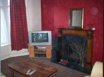 EasyRoommate UK - Fully Furnished Double Room - Old Swan, Liverpool - £300 pcm