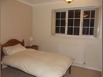 Sholing double room, shared house (with owner only