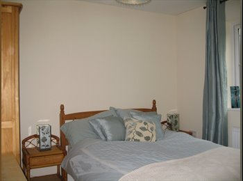 EasyRoommate UK - A well presented double room in new town house., Eastleigh and Test Valley - £485 pcm