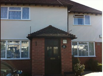 EasyRoommate UK - Well equipped house with friendly landlord - Stratford-upon-Avon, Stratford-upon-Avon - £430 pcm